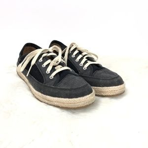 Clarks Charcoal Lace-up Comfort Sneakers